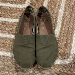 TOMS army green slip on.